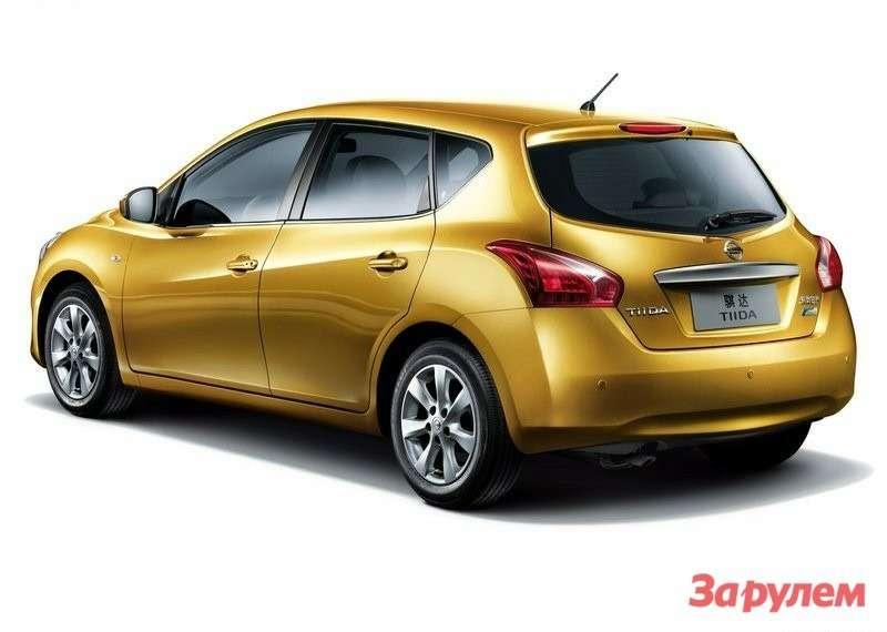 Nissan-Tiida_2012_800x600_wallpaper_05