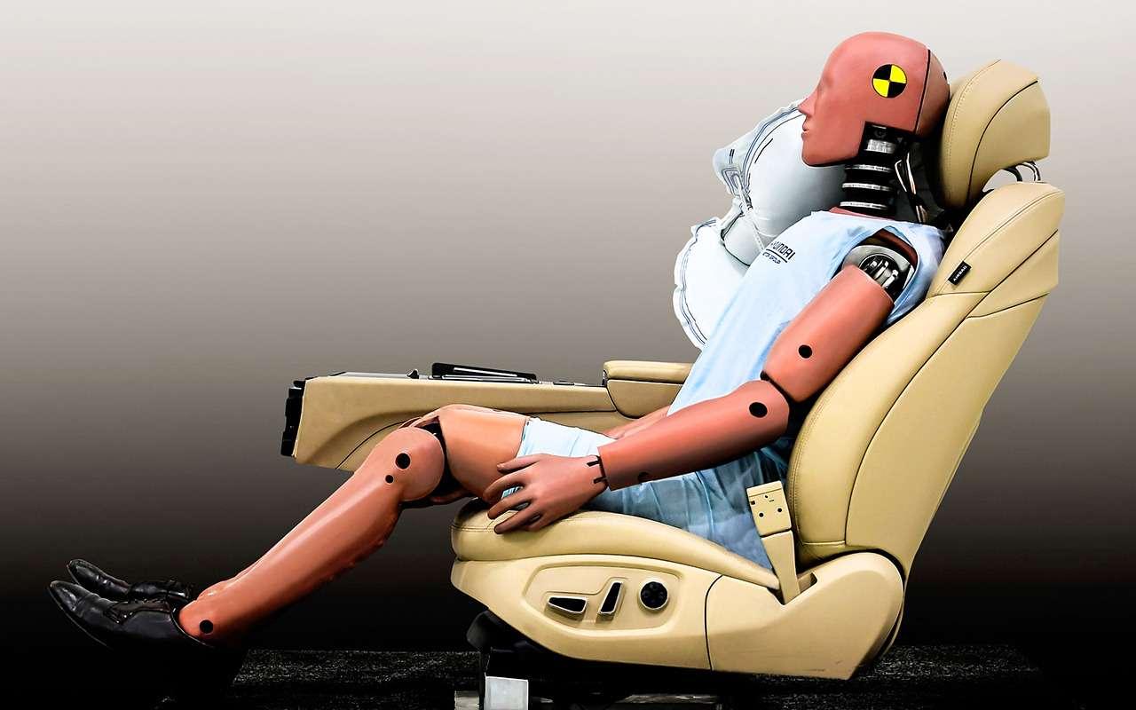 Интеллектуальное превосходство: чем «цифровое» авто круче «аналогового»— фото 1275339