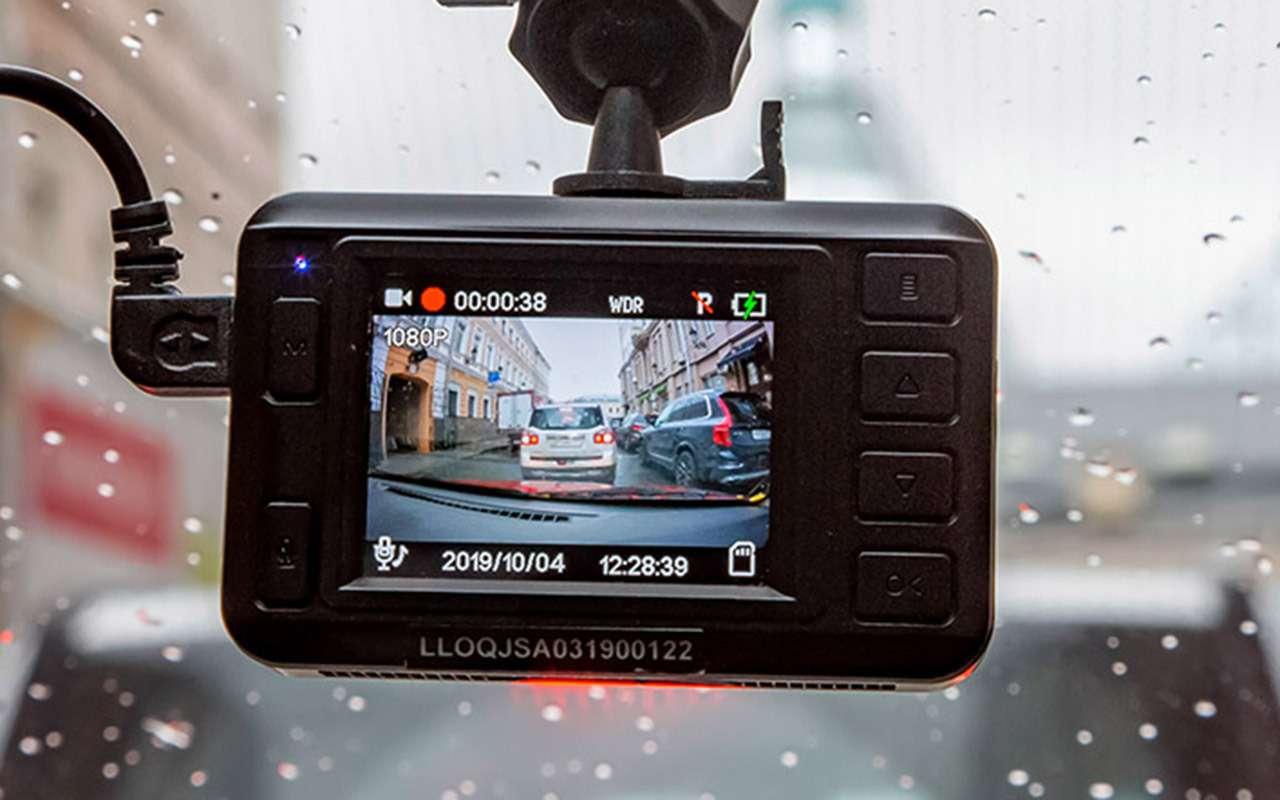 Тест шести новых видеорегистраторов: за3тысячи иза6— фото 1004444