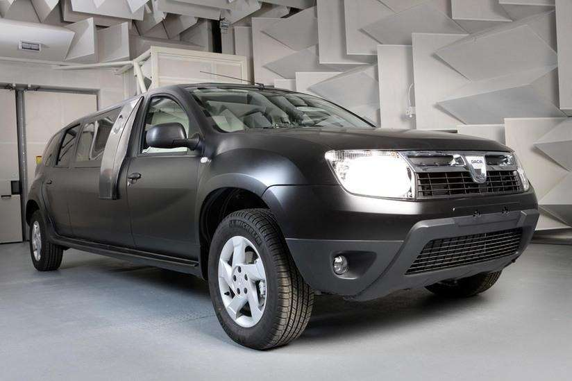 201208141233_dacia_duster_limousine_side_front_view_no_copyright
