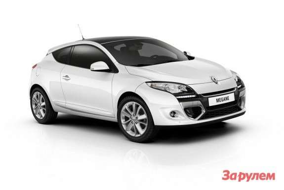 Renault Megane Coupe side-front view 2