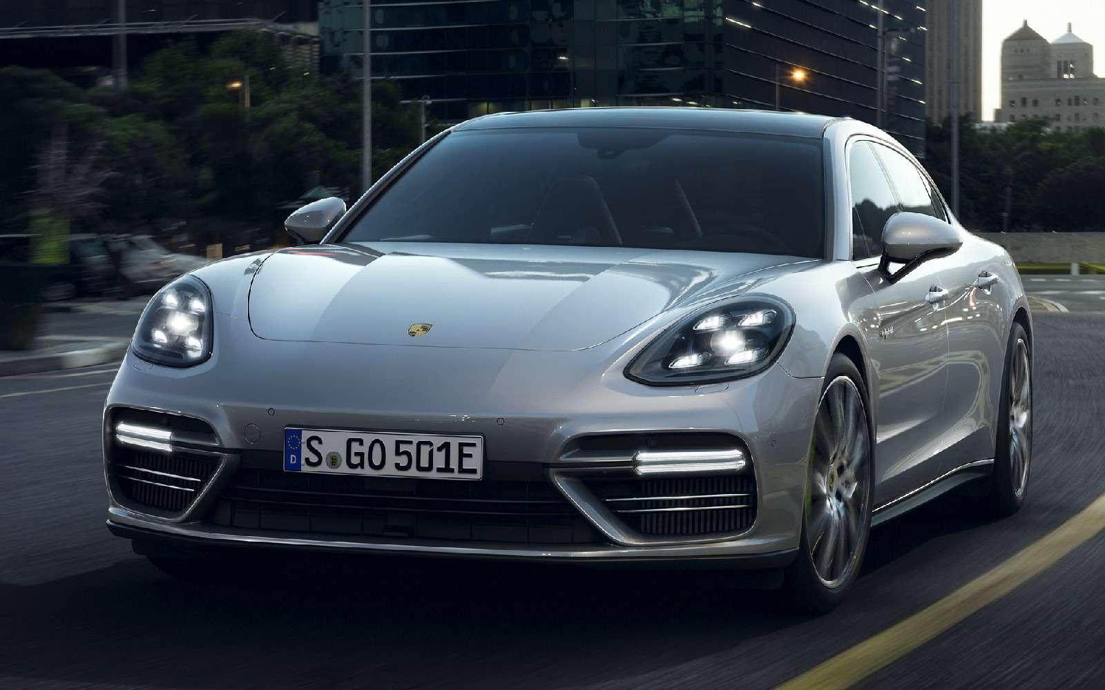 Хочешь «пульнуть»— ищи розетку: флагманский Porsche стал гибридом— фото 713304