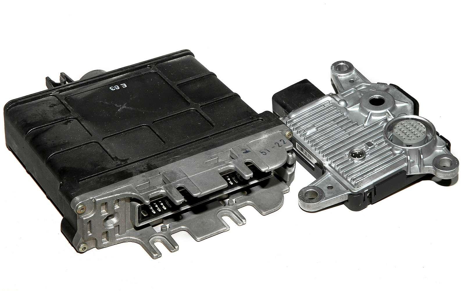 модуль управления двигателем