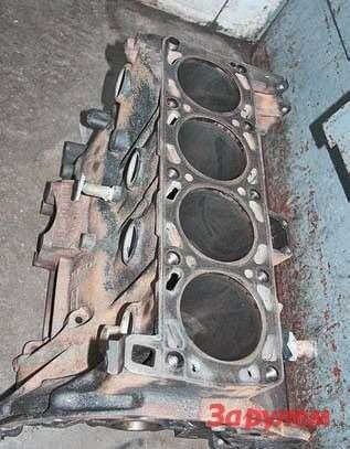 Блок цилиндров мотора ЗМЗ-405 служит дорасточки 200-300 тыс. км...