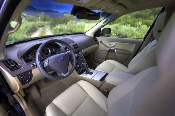 Facelifted Volvo XC90 inside