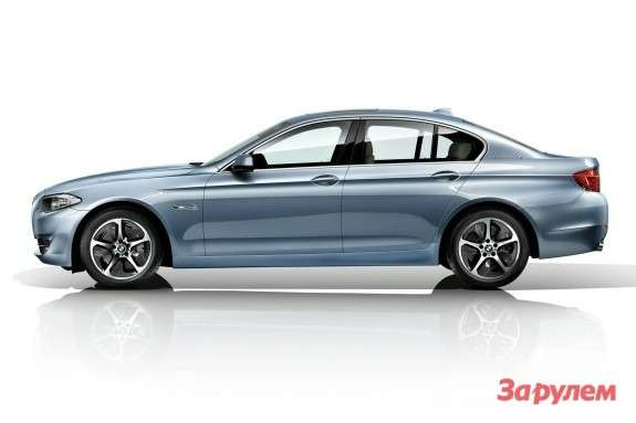 BMW 5 ActiveHybrid side view