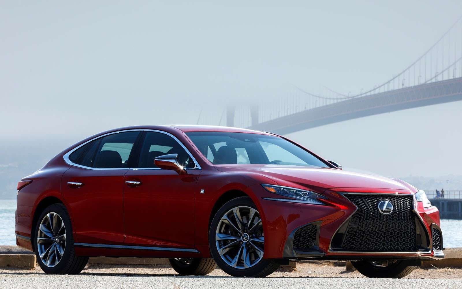 Lexus подготовил свой ответ «шестисотому»— фото 800902