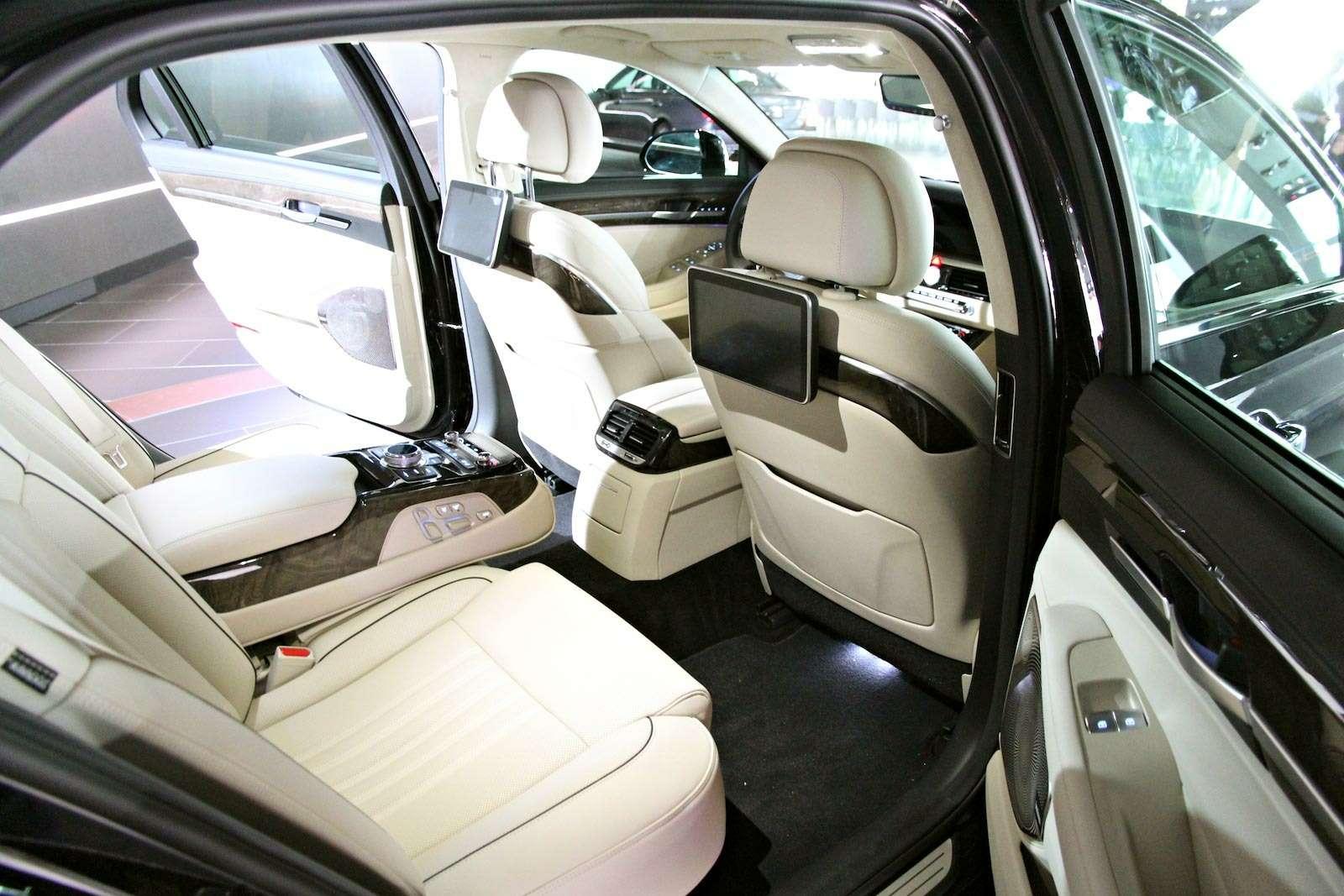 Hyundai-Genesis-G90_4