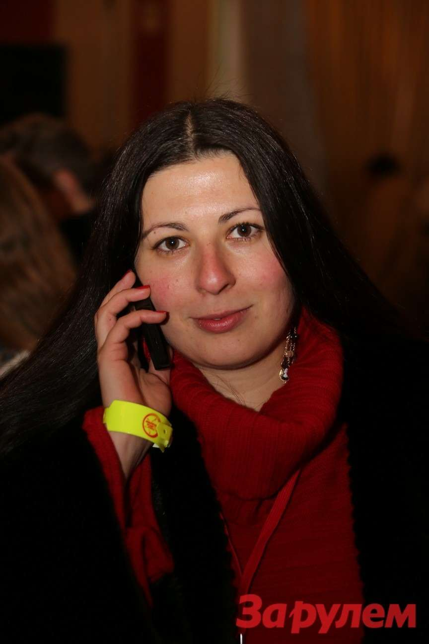 Ксения Глинник, директор порекламе компании «Кордиант». Гонка Звезд «Зарулем»-2013