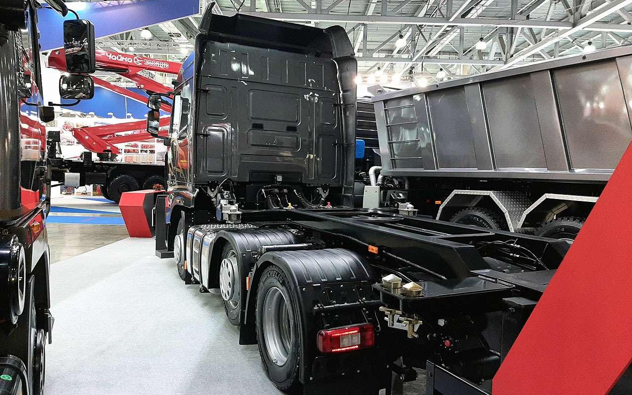 МАЗвыставил наComtrans свой новый тягач— фото 1275793