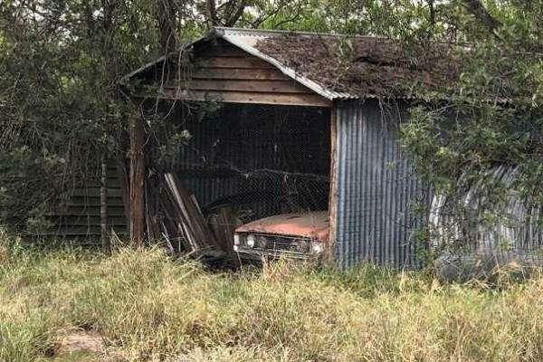 Дедуля держал машину, чтобы поговорить, акупили еезатрогательную «историю»— фото 1155236