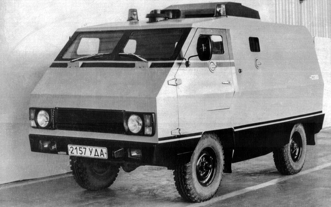 Вкус «буханки»: полная история УАЗ-450— фото 1269699
