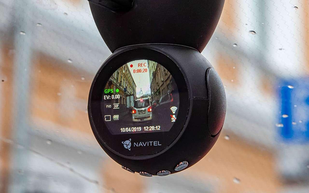Тест шести новых видеорегистраторов: за3тысячи иза6— фото 1004447