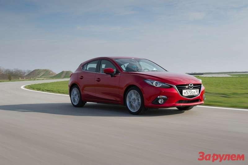 Mazda3_Serbia_Action_007