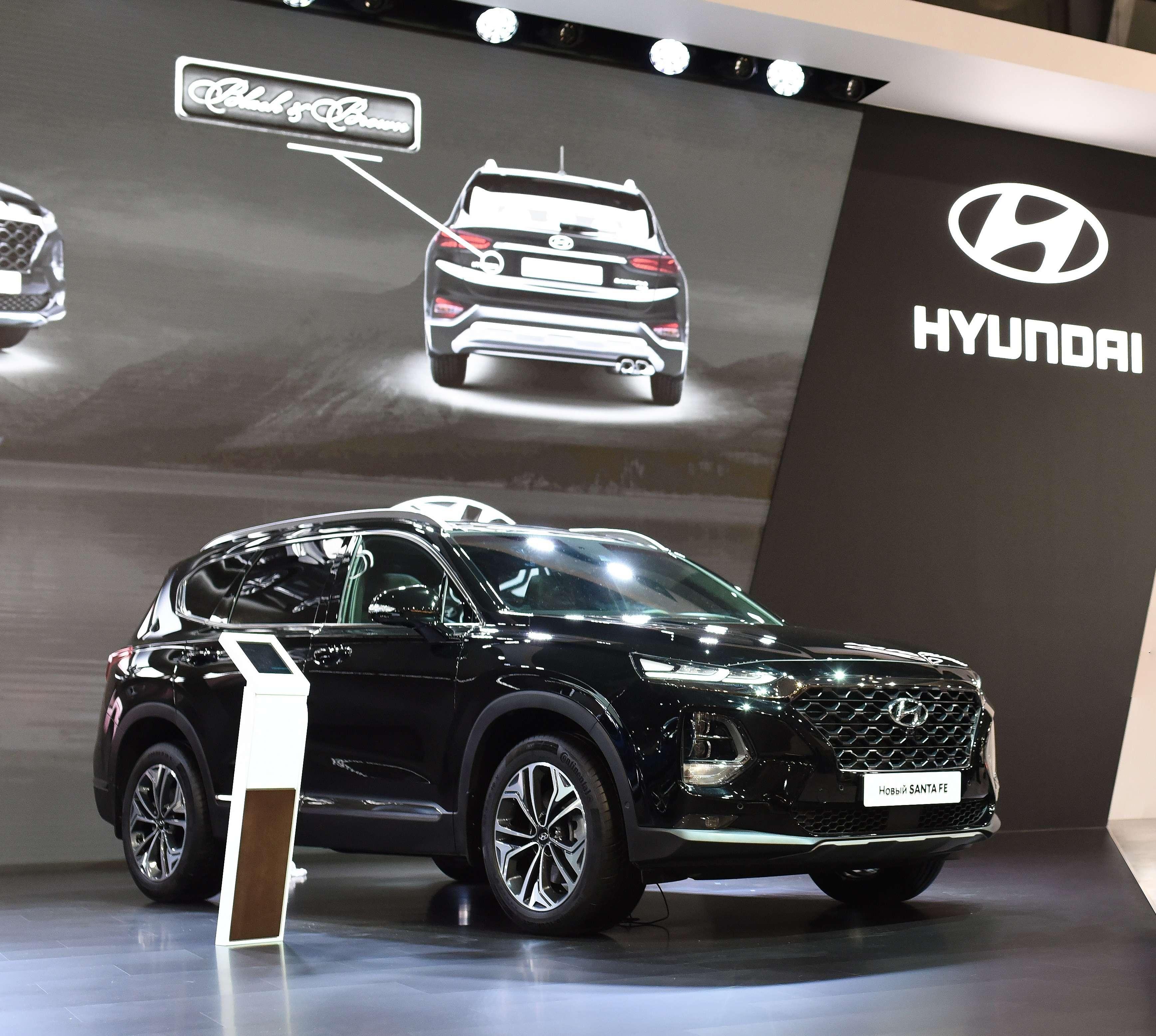Появилась новая комплектация Hyundai Santa Fe— Black&Brown— фото 900663