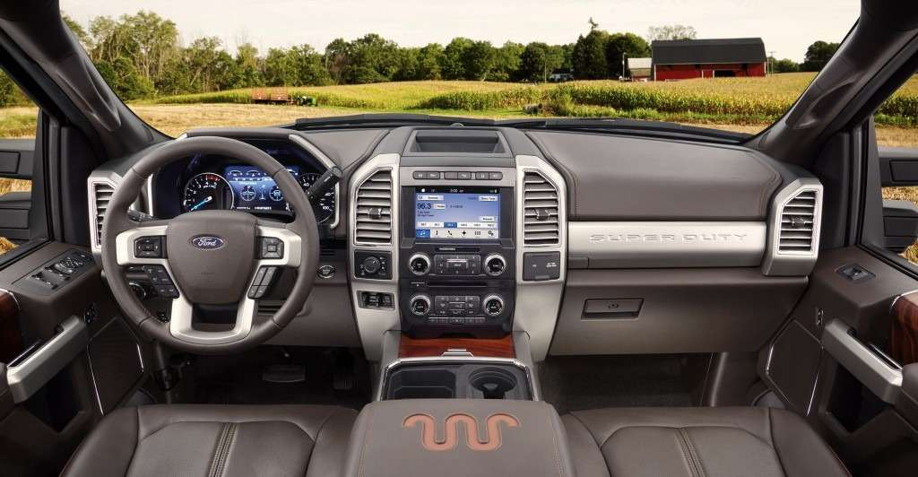 all-new-ford-super-duty-king-ranch-interior-1-1024x532
