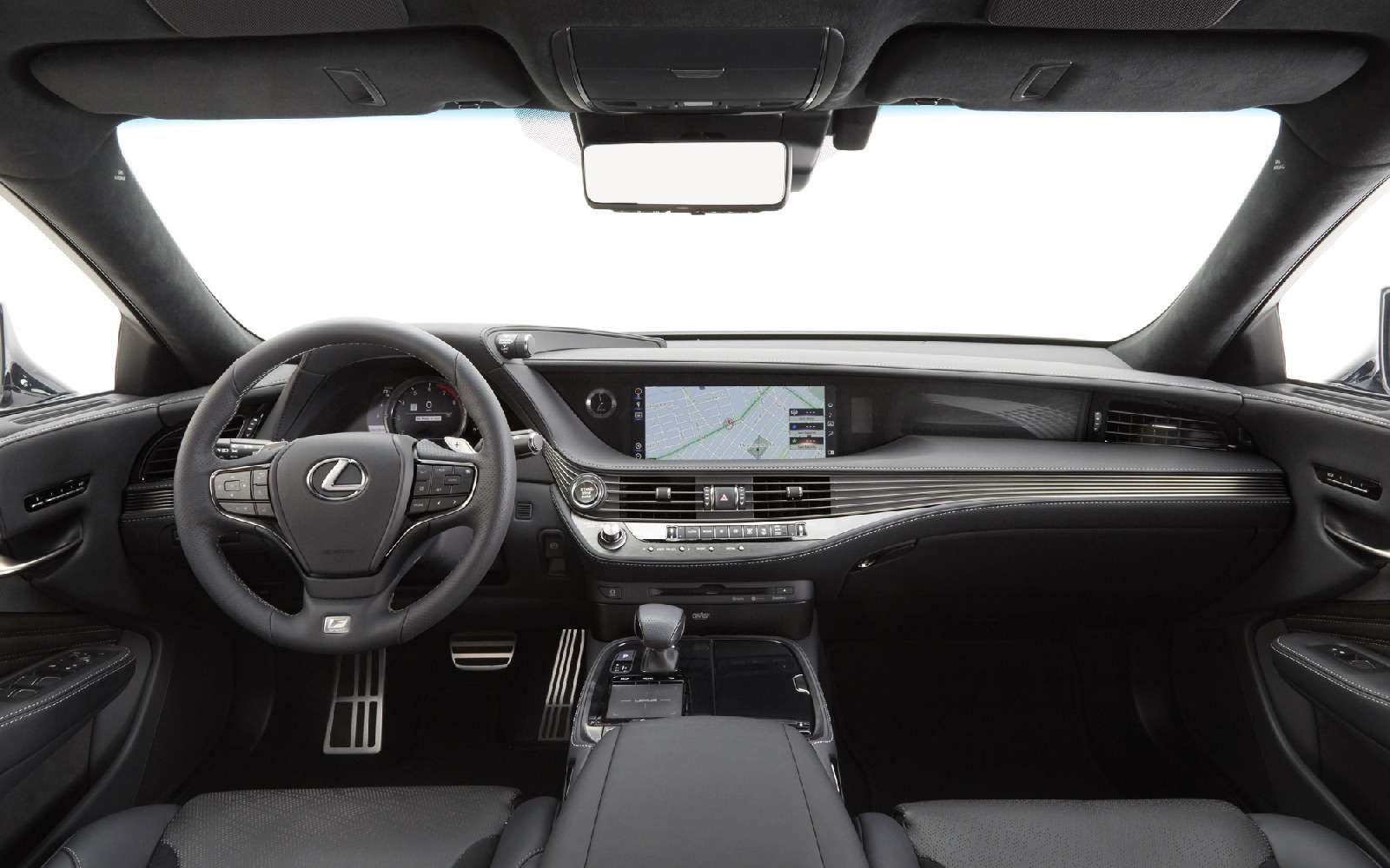 Выход третий, спортивный: Lexus LSFSport отпразднует премьеру вНью-Йорке— фото 735350