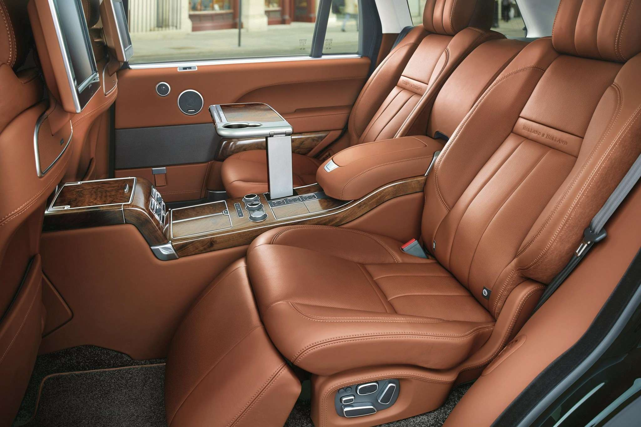range-rover-ultra-luxury-will-purportedly-debut-at-the-2015-new-york-auto-show_9