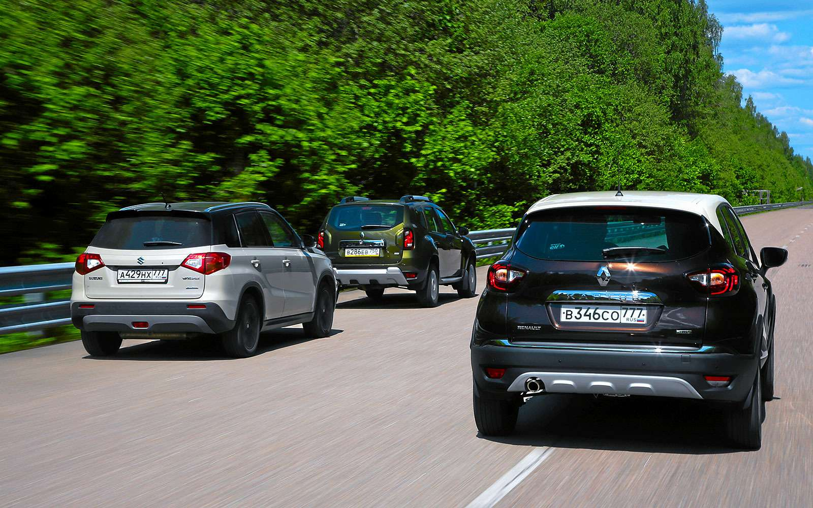 Renault Kaptur, Renault Duster, Suzuki Vitara: мода от-каптюр— фото 619975