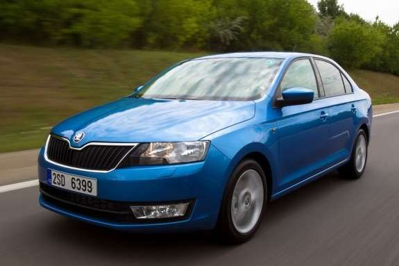 Skoda Rapid side-front view