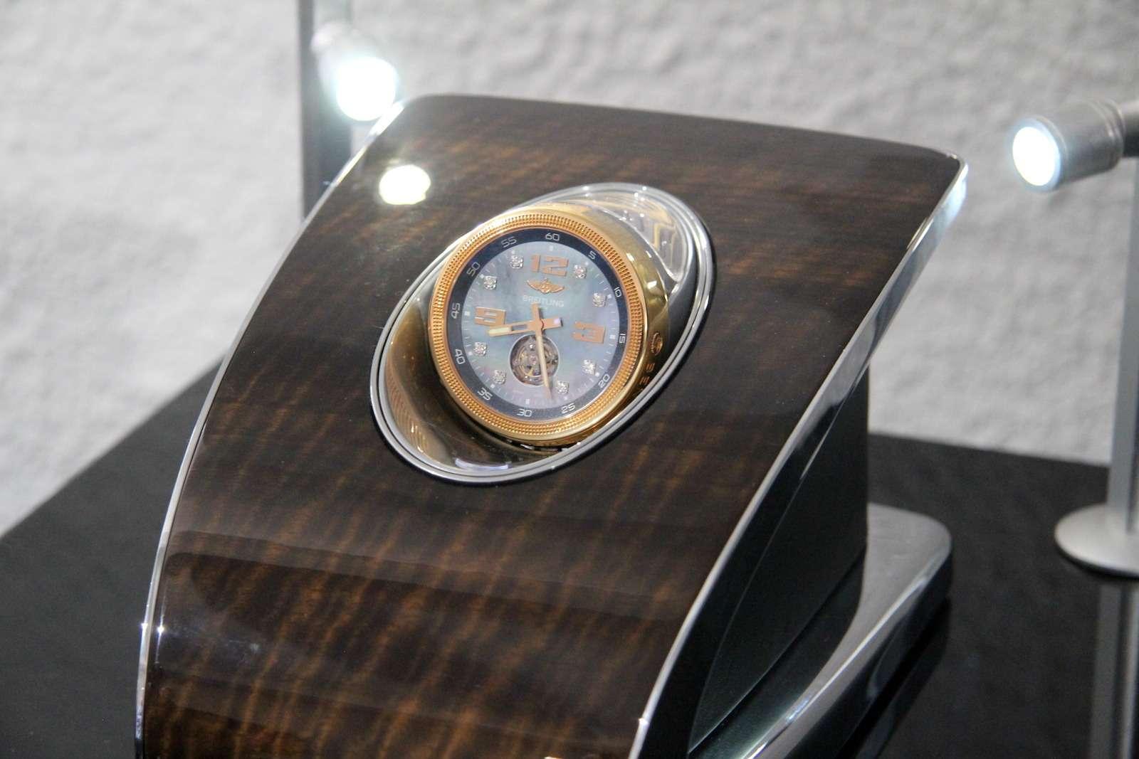 Bentley привезла вМоскву «экстраординарную» выставку— фото 594008