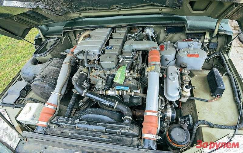 «Камминс B-205» - одна из трех версий дизельного мотора, устанавливаемого на «Тигр». Для новейшего «Тигра-М» предусмотрен отечественный турбодизель производства ЯМЗ.