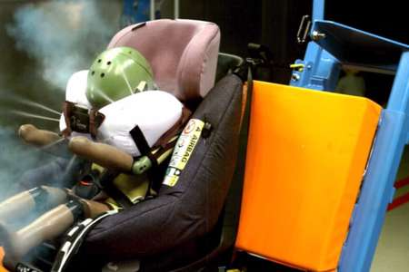 Наконец-то! Выпущено первое детское кресло с подушками безопасности