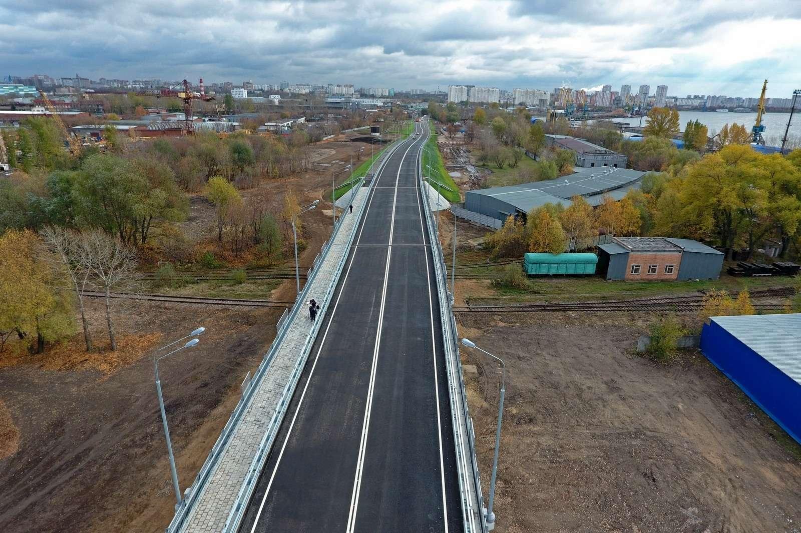 Открыли новый путепровод наюго-востоке Москвы кПечатникам— фото 808109