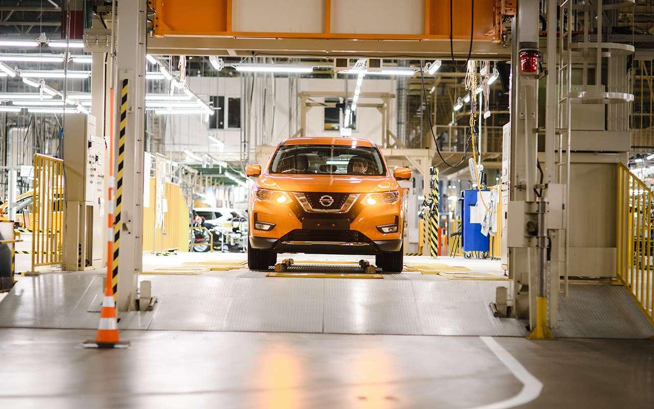 Обновленный Nissan X-Trail пошел всерию— фото 918414