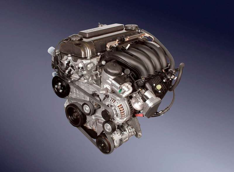 no_copyright_320si_e90_engine_back_20090808_1361383009