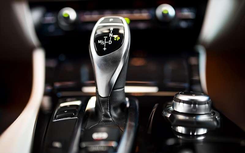 Новый стандарт обучения вавтошколах (неунас)— только на«автомате»