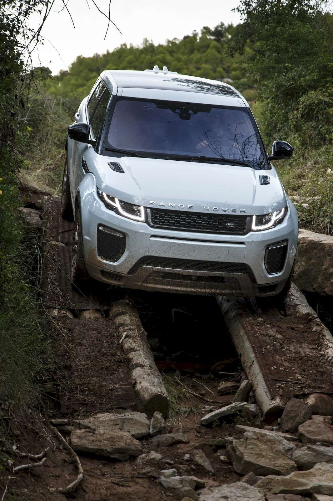 RR_Evoque16MY_4WD_131_result