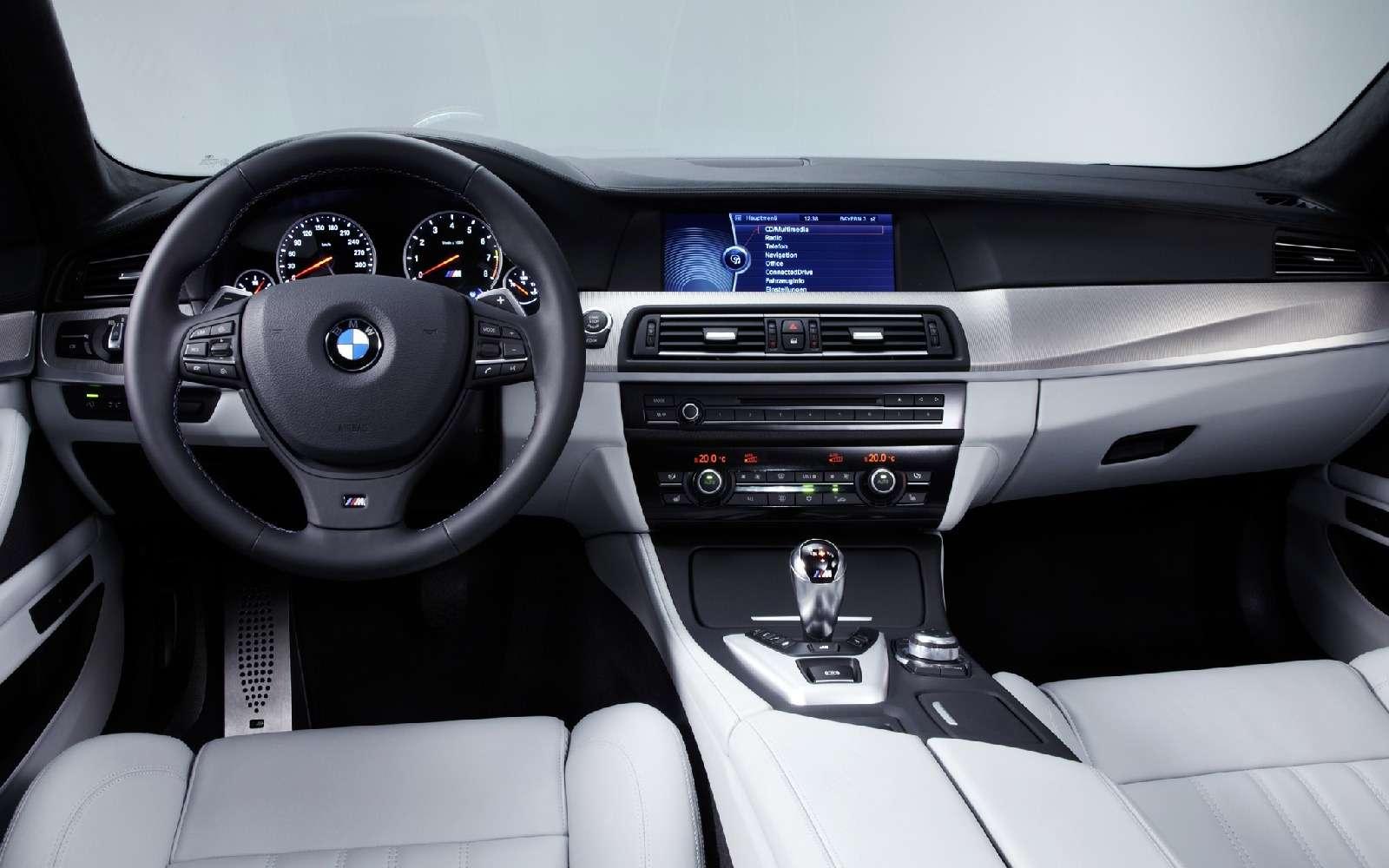 BMWM5не прощается, ноговорит досвидания— фото 611106