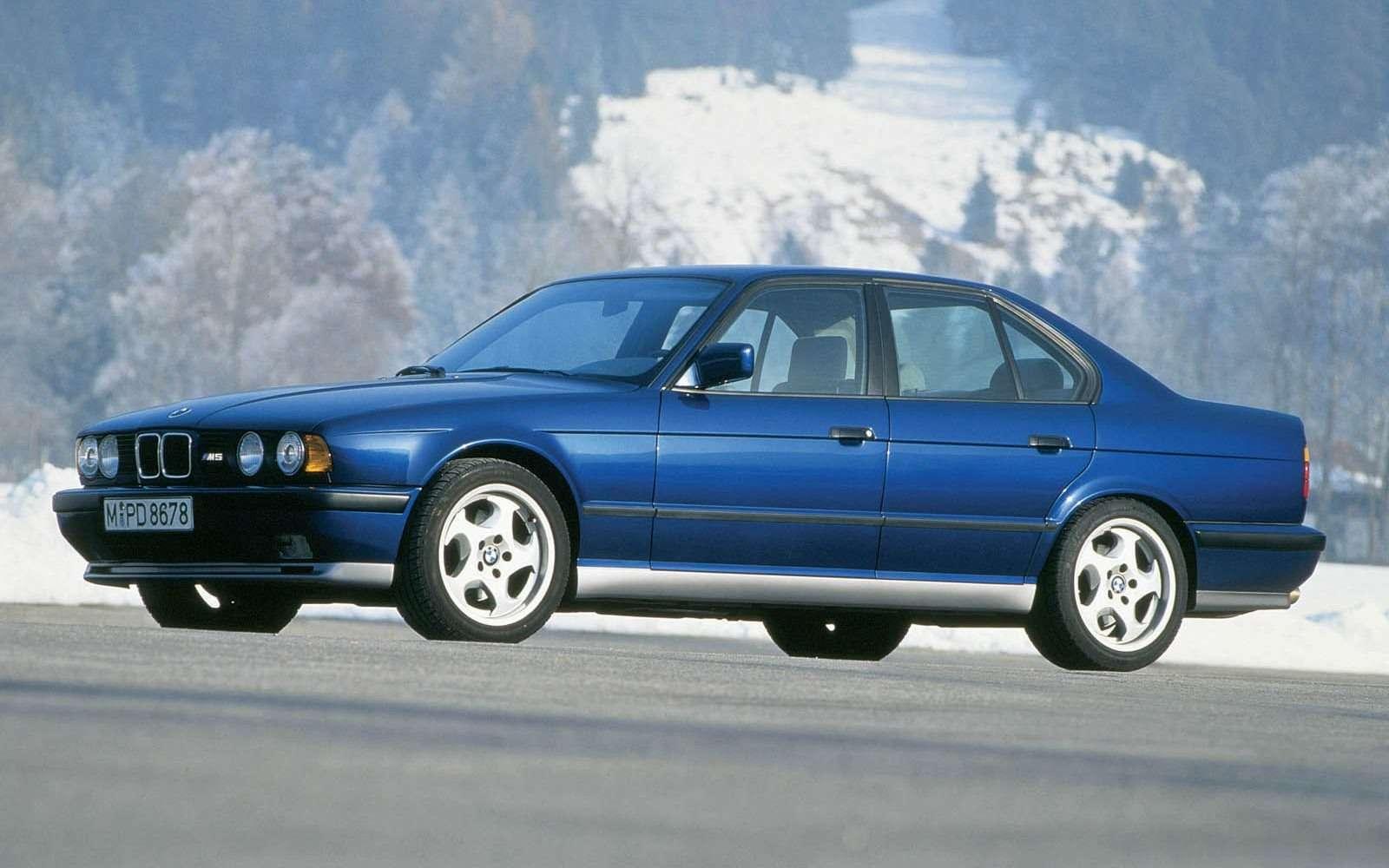 BMWM5не прощается, ноговорит досвидания— фото 611109