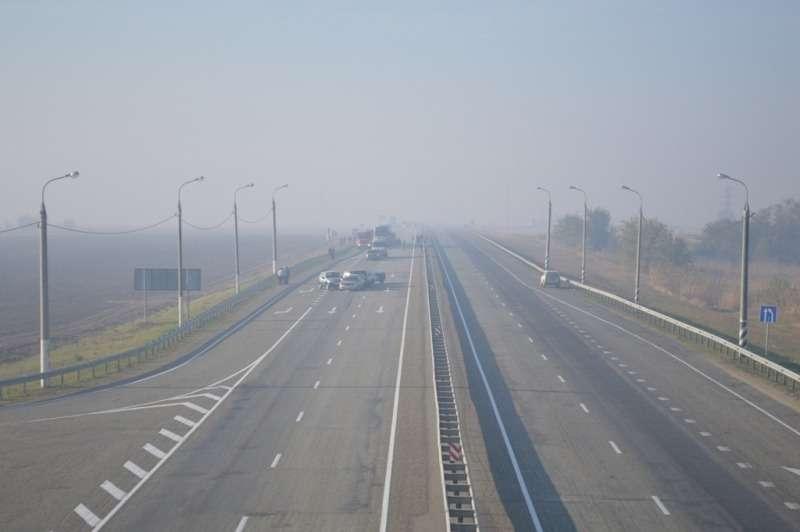 Двачеловека погибли вДТП сучастием 50автомобилей наКубани