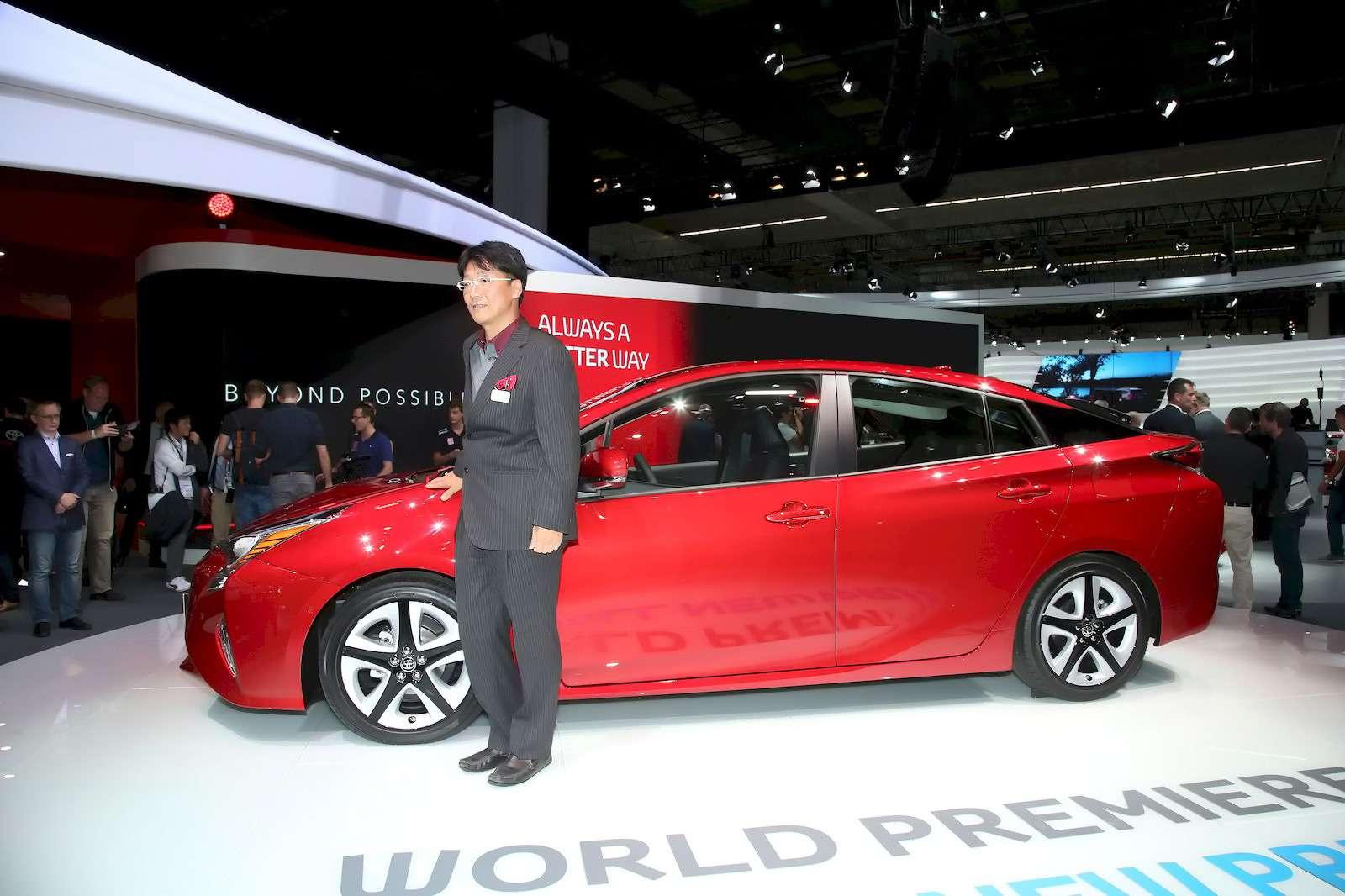 Toyota_Prius_9