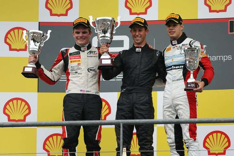 podium2 no copyright