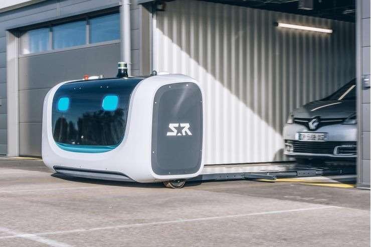 Будущее уже здесь: запущен робот-парковщик— фото 951099