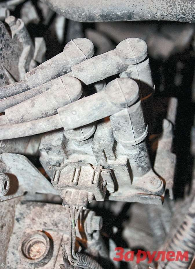 Из-за пробоя катушки зажигания отказывает один или два цилиндра