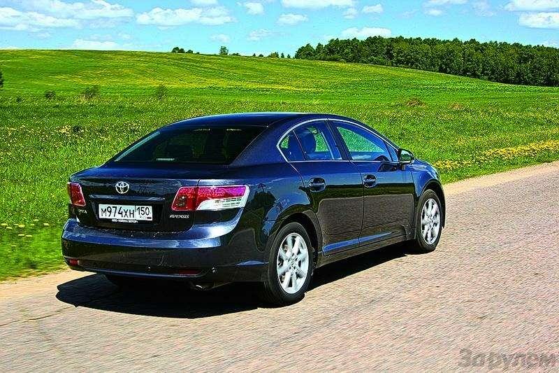 Ford Mondeo, Toyota Avensis, Volkswagen Passat: Под знаком качества— фото 93522