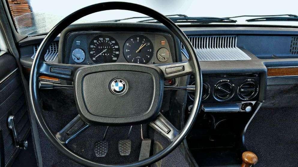 Автовладелец ждет извинений отBMW. Уже почти полвека!— фото 961403
