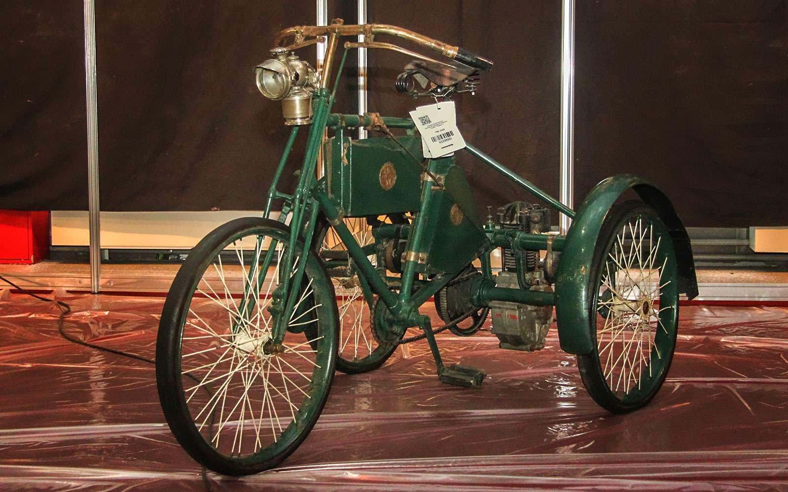 Моторный трицикл Cudell 1899