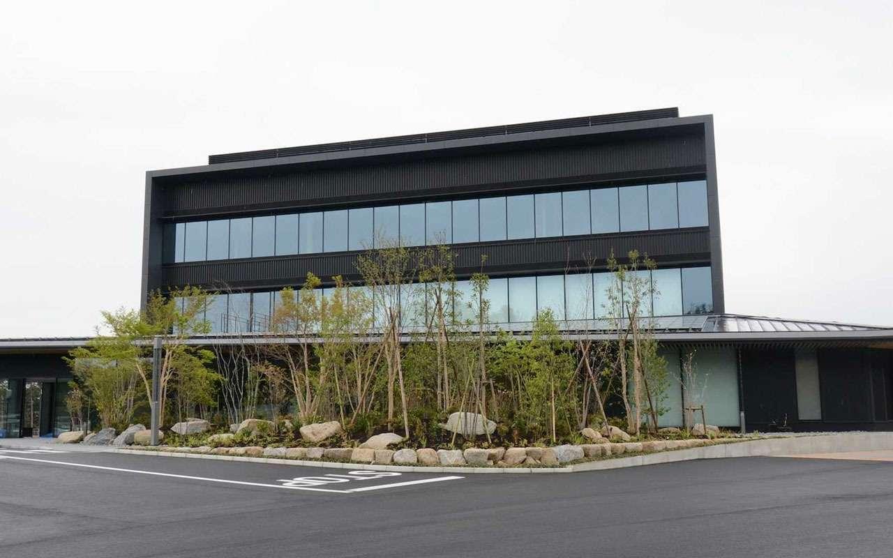 Зеленый адусебя дома: Toyota построила свой Нюрбургринг— фото 970632