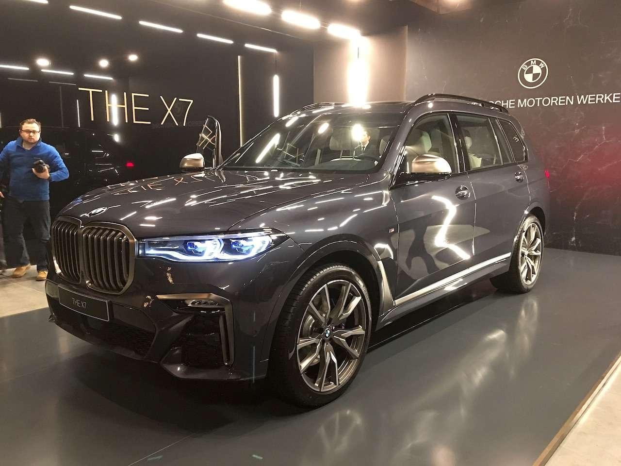 Новейший BMW X7засветился вМоскве— фото 930774