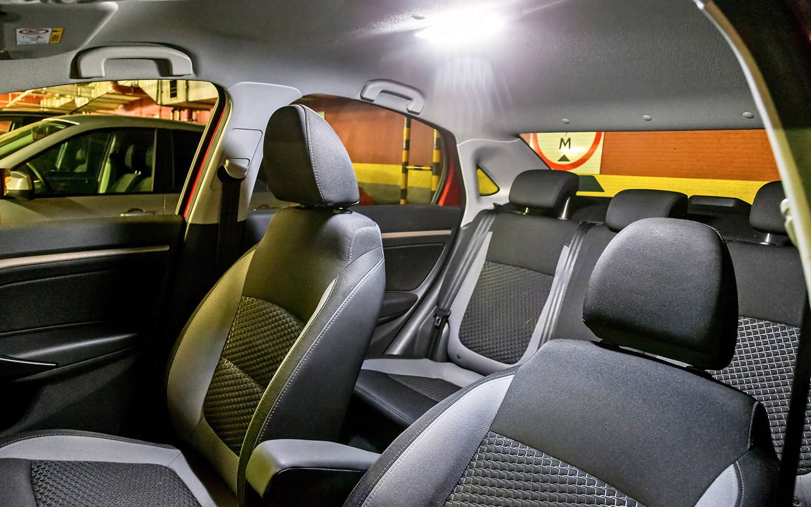 Lada Vesta изпарка ЗР: держаться корней— фото 685709