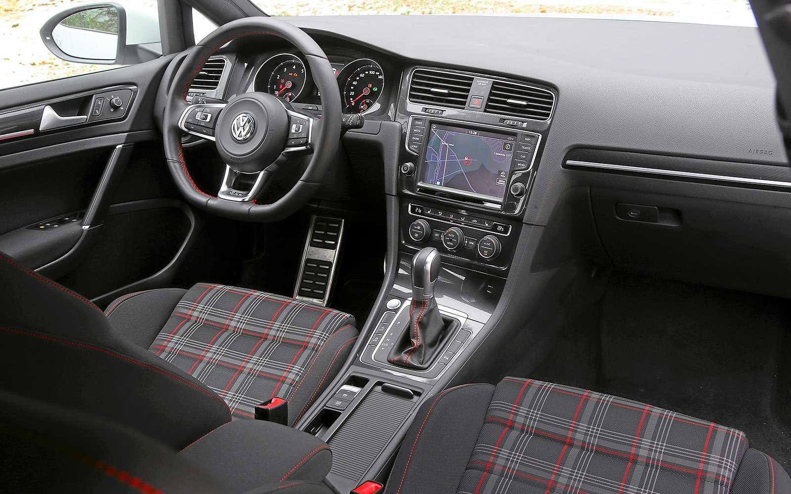 VWGolf GTI против Infiniti Q30—  кто любит погорячее— фото 710179