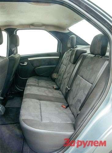 В «Рено-Логан» высоким людям будет комфортно. Ещебы добавить такое, как в«Дэу», сиденье.