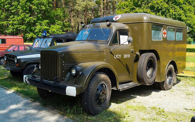 Наши заграницей: вочто превращались автомобили СССР вКитае, Корее, наКубе