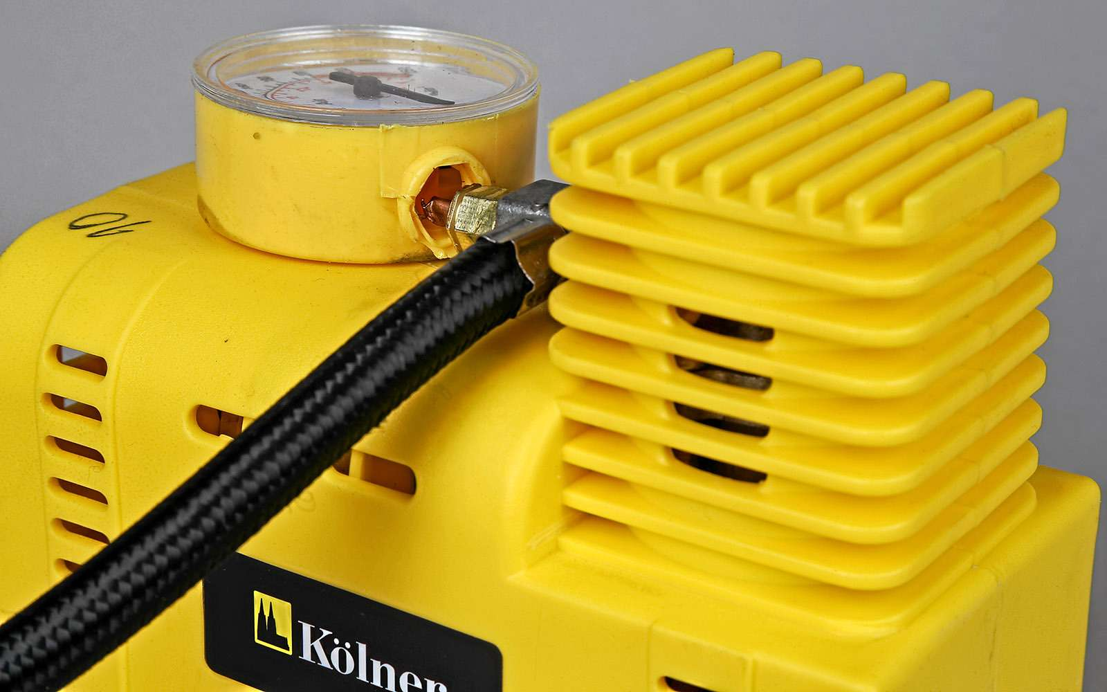 Тест бюджетных шинных компрессоров: неправильные пчелы— фото 708496