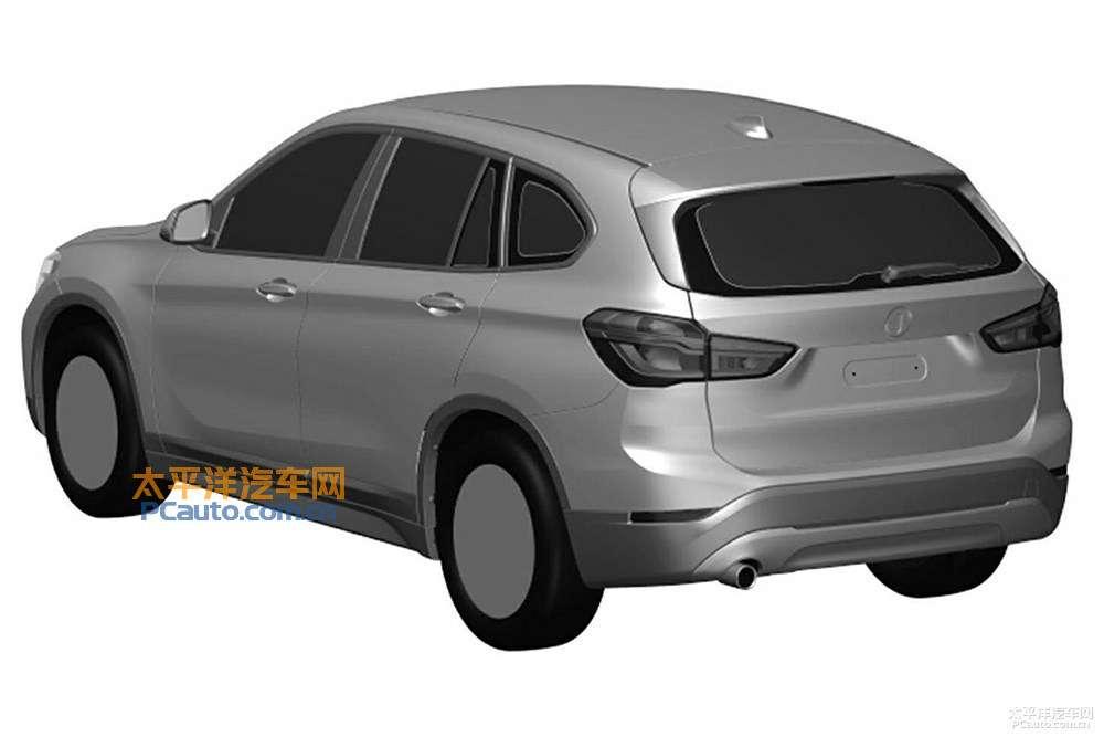 2016-BMW-X1-LWB-rear-three-quarters-patent-image